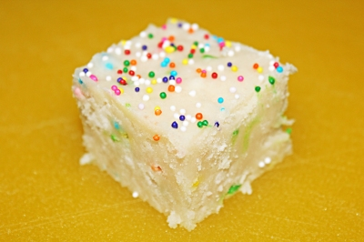 Funfetti Fudge - The Not So Desperate Chef Wife